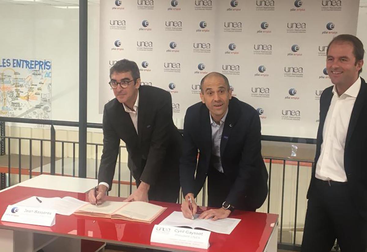 Signature d'une convention de partenariat national entre l'UNEA et Pôle Emploi dans les locaux de Fastroad